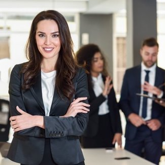 Businesswoman leader modern office with businesspeople workin 1139 954